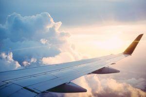 Top 10 des métiers qui permettent de travailler à distance et voyager