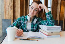 Comment subvenir à ses besoins en étant étudiant ?