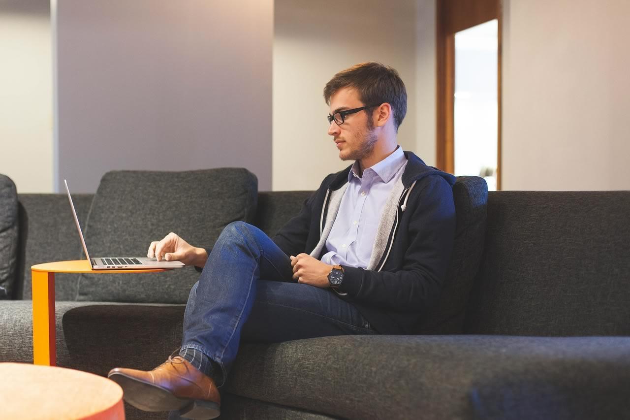 comment faire pour travailler chez soi pour une entreprise